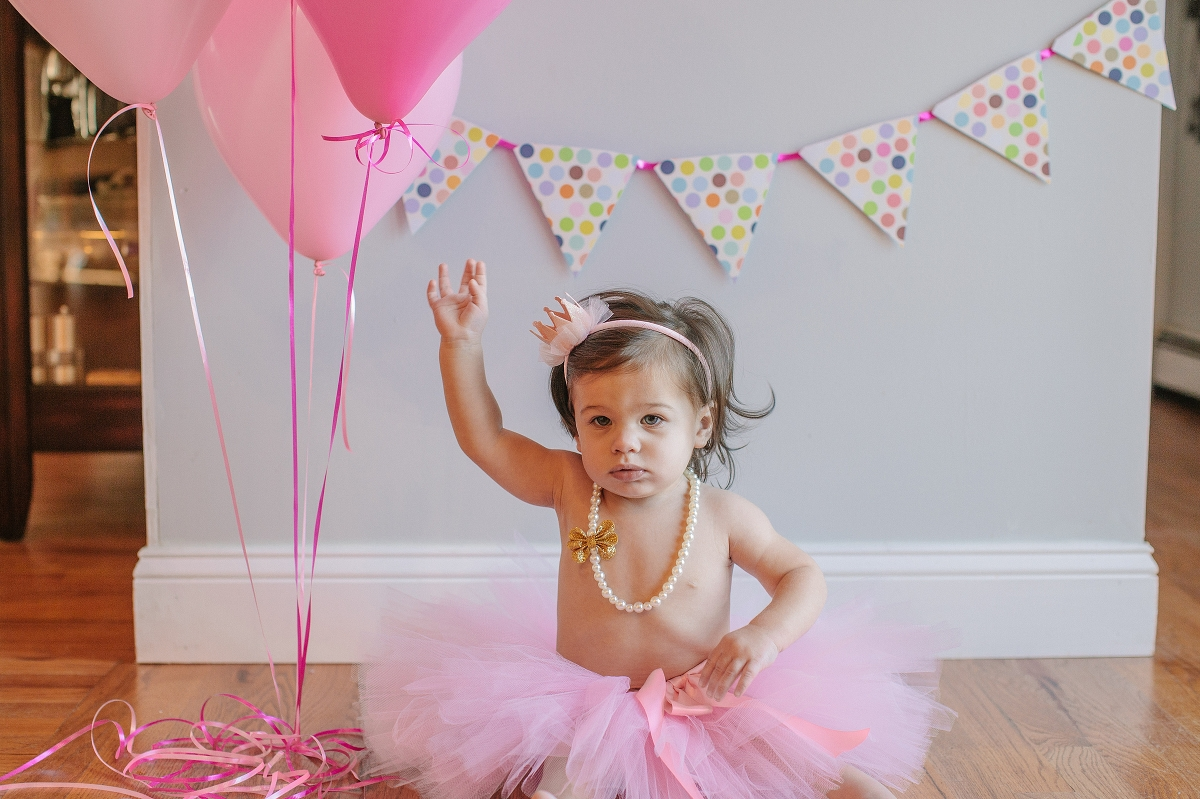 Brooke S First Birthday Cake Smash Ct Lifestyle Photographer